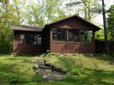 Door County Cabin Rental by Stony Shore Cabin 2 Bedrooms On The Water Homeaway
