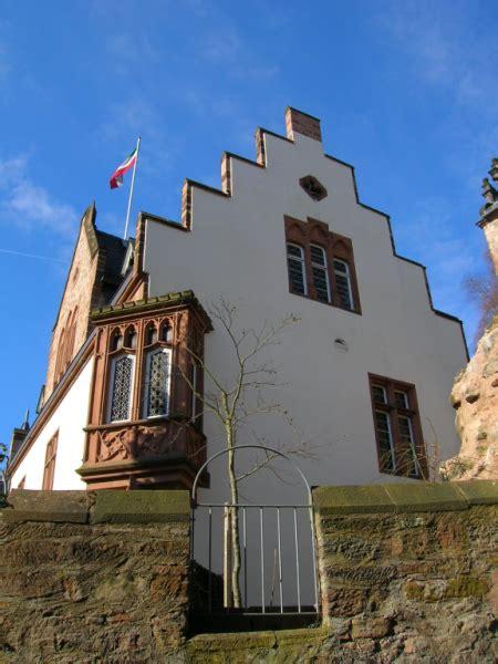 haus und grund giessen bildhauerei trautmann in marburg referenzen restaurierung