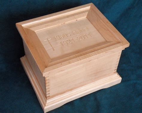 wood urn  woodworking