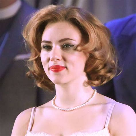 actress cat on a hot tin roof scarlett johansson wins rave reviews for cat on a hot tin