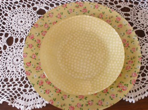 Decoupage Plates With Fabric - decoupage crafts the kitschy lover in you will adore