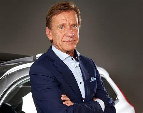 volvo cars ceo hakan samuelsson named  world car person   year arabwheels