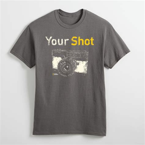 T Shirt National Geographic Photografer Black getting your national geographic store