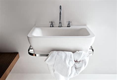 Klassische Badezimmer 1410 by Novecento Waschbecken Mit Handtuchhalter Agape Stylepark