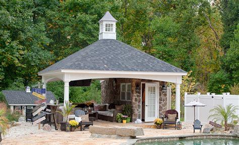 hampton pavilions backyard