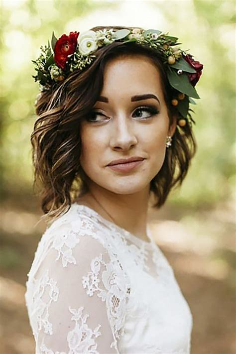short bob hair style with curls at crown 18 gorgeous wedding hairstyles with flower crown page 2