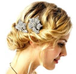 mid length flapper hair styles 1920s hairstyles for medium hair globezhair