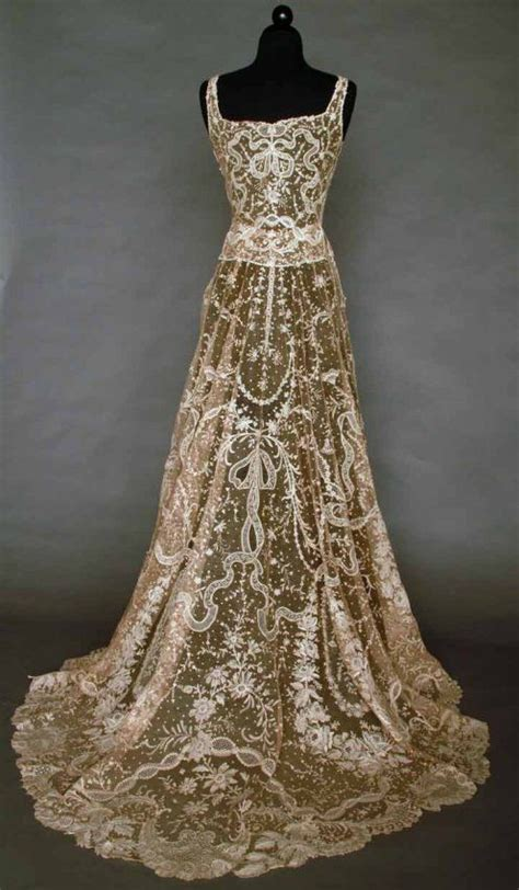25 best ideas about vintage evening gowns on