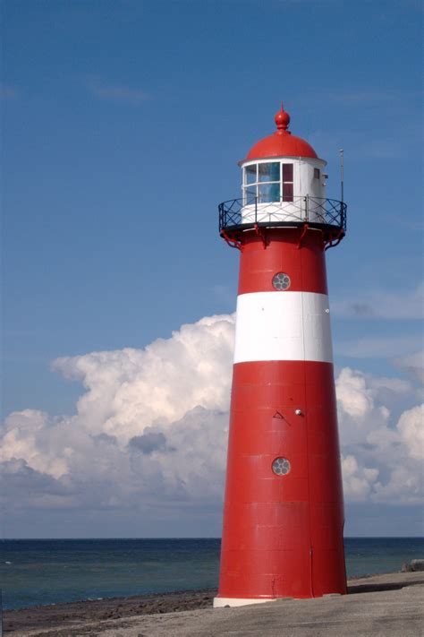 lantern house lighthouse wiktionary