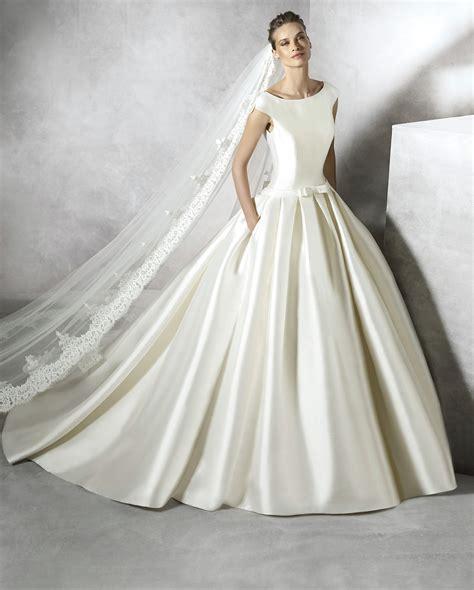 Pronovias Brautkleider by Pronovias Bridal Designer