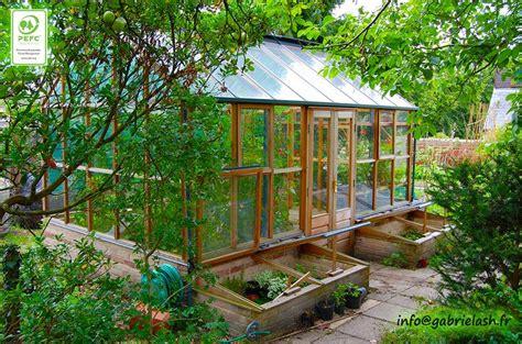 serre de jardin en bois serre de jardin en bois de c 232 dre et verre tremp 233 jardin