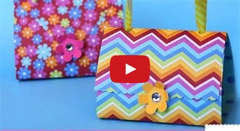 How To Make Handbag With Paper - paper purse favors to make with arts to crafts