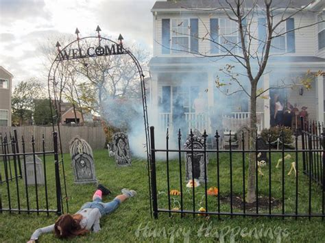 home made halloween decorations outdoor halloween decorations ideas to stand out
