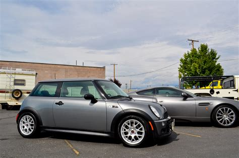 Mini Cooper Overview Car Reviews And News At Carreview 2002 Mini Cooper Overview Cargurus
