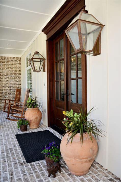 ideas  decorar la puerta de entrada  plantas  flores