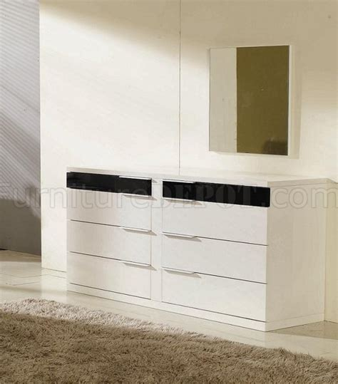 Black And White Gloss Finish Contemporary Bedroom Set Black And White Gloss Bedroom Furniture