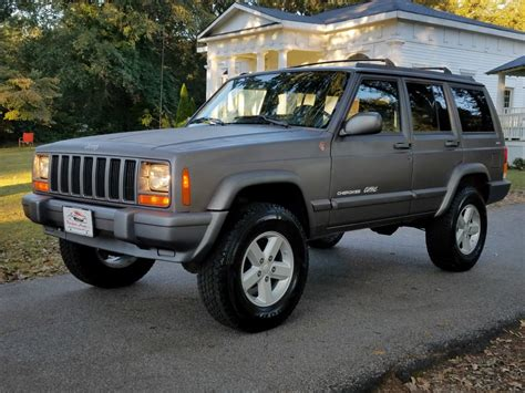 Service Manual 1998 Jeep Cherokee Visor Installation