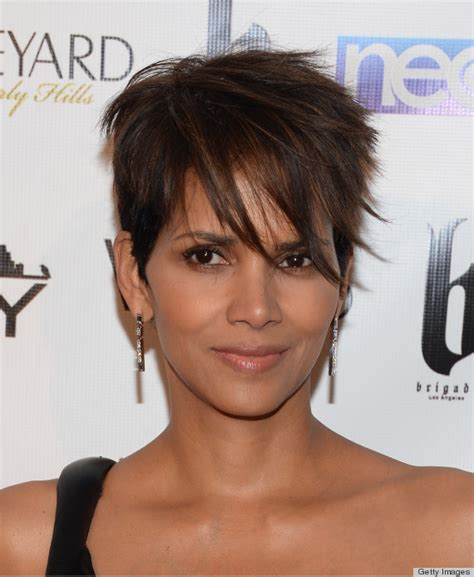 hailey berrys pixie cut how to cut an ode to halle berry s pixie huffpost