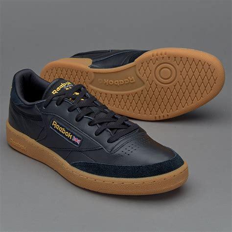 Sepatu Boots Reebok sepatu sneakers reebok original club c 85 tdg skull black