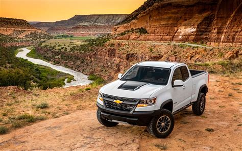 2018 chevy silverado zr2 2018 chevrolet colorado zr2 serious wheels