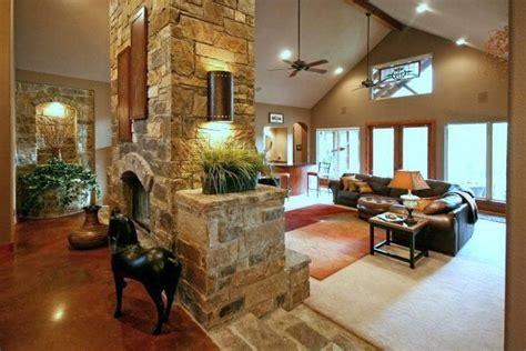 CUSTOM DESIGN HOME   NEW BRAUNFELS, TX  HILL COUNTRY