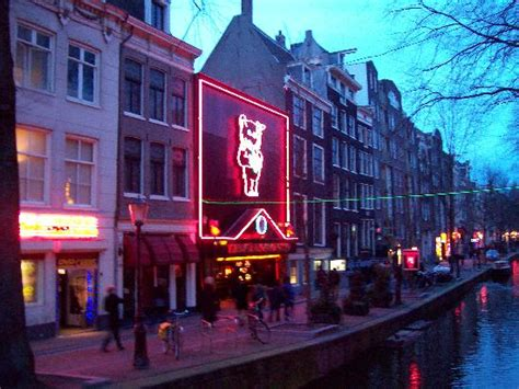 hotels near red light district amsterdam great times in the rld not as bad as you d think