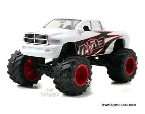 4wheelin Dodge Ram diecast carstoy diecast cars wave 1 by toys