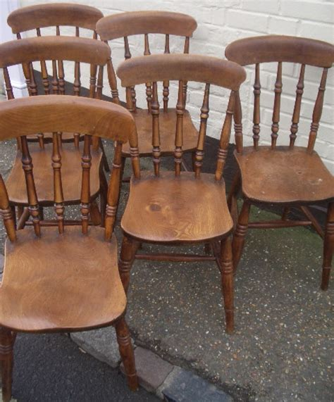 spindle  windsor chairs chairs settles