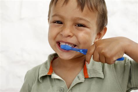 how to brush your s teeth dentists disagree on how to brush your teeth time