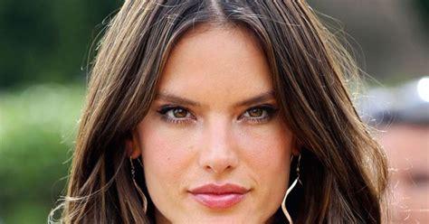 muka panjang model rambut panjang untuk muka bulat model rambut terbaru