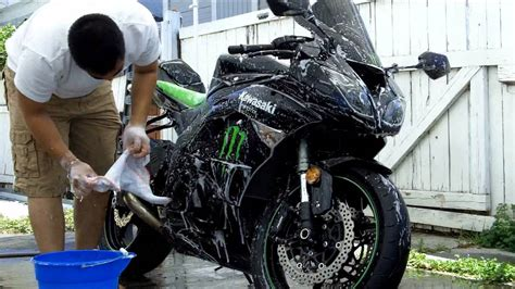 Motorrad Waschanlage by How To Clean Your Motorcycle A Complete Guide 2018