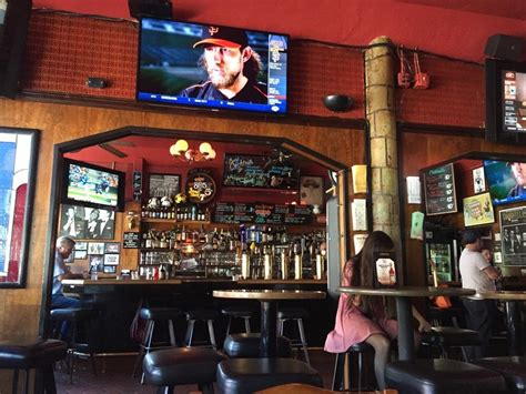 top sports bars in san francisco best sports bars san francisco has to offer
