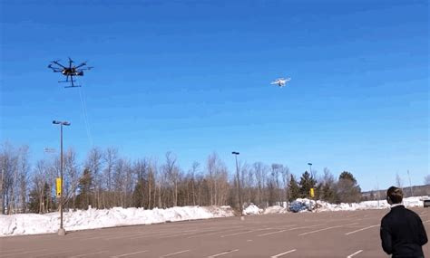 Drone Anti Air by Michigan Tech S Anti Drone Drone Snatches Drones In Mid Air