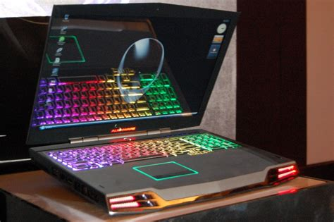 Laptop Dell Alienware M17x dell launches alienware m17x gaming laptop in india