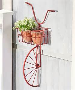 Wall Mounted Planter 1000 Ideas About Wall Mounted Planters On
