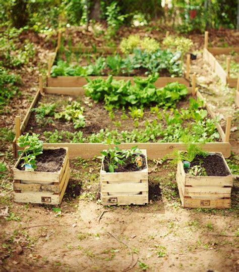 decorar el jardin barato c 243 mo decorar mi jard 237 n con cosas recicladas uncomo