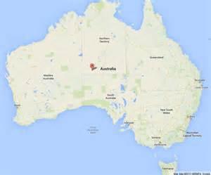 ayers rock uluru on map of australia world easy guides
