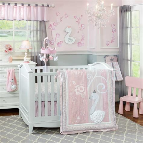 21 Inspiring Ideas For Creating A Unique Crib With Custom Baby Bedding For