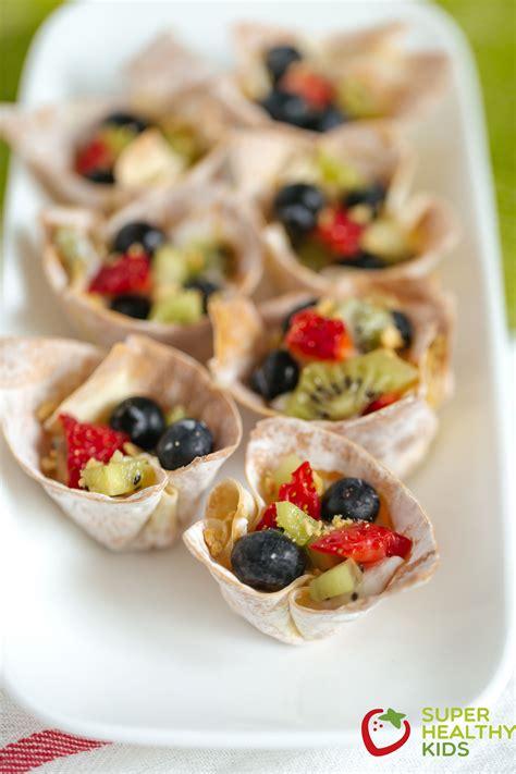 fruit n yogurt parfait crunchy fruit n yogurt parfait bites