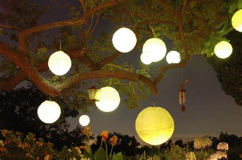 backyard paper lanterns paperlanternstore blog paper lanterns parasols party
