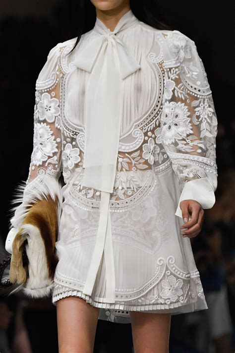 Milan Fashion Week Gucci Roberto Cavalli by Roberto Cavalli At Milan Fashion Week 2015 Livingly