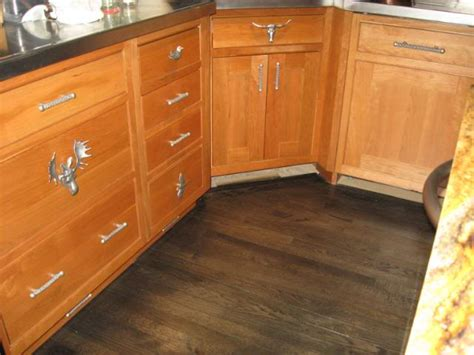 oak cabinets with dark floors darkened oak cabinets with