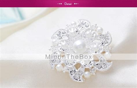 R51253 Fashion Silver Color Pearl fashion silver flower pearl brooches random color 2194258 2016 3 99