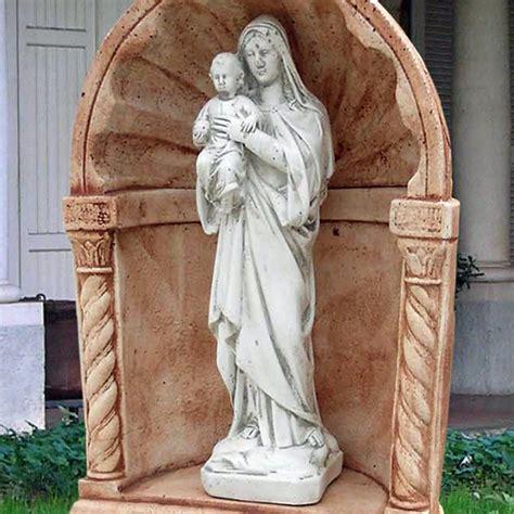 statue da giardino madonna con ges 249 produzione statue sacre da giardino