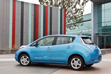 Nissan Leaf In Canada Nissan Leaf Canadian Prices Announced Autoevolution