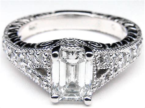 Classic Halo Ring 1197 the gallery for gt emerald cut engagement rings vintage