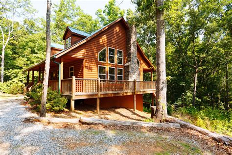 Rent A Cabin In Helen Ga by Celebration Helen Ga Cabin Rentals Cedar Creek Cabin
