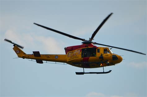 Bell Lookup Ontario Search And Rescue Sar Demo Helicopter Rescue Lake Ontario Toronto