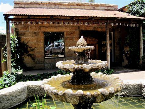 patio interior pequeño decoracion fuentes de jardin pequeas garden by fuentes de jardn