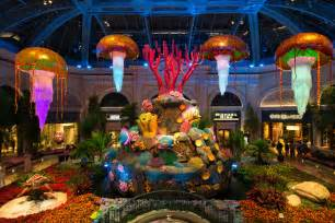 Decoration Fountain Bellagio Conservatory Brings Underwater Life To The Strip
